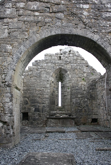 abbey-483932_640
